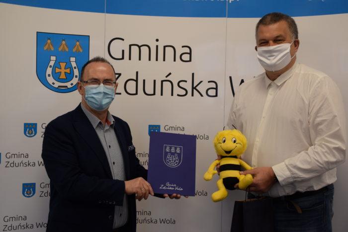 Wójt Gminy i Tomasz Szewczyk